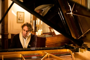 Chilly Gonzales Photo: Alexandre Isard